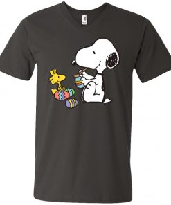 Peanuts Snoopy Easter Egg V-Neck T-Shirt